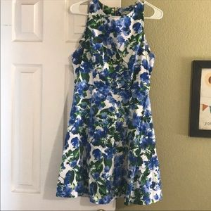 Ladies size 6/8 Milly floral dress